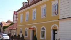 Stan u stambeno-poslovnoj zgradi